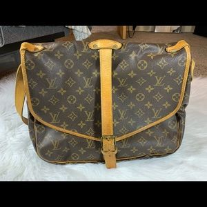 Louis Vuitton Saumur 35 shoulder bag Monogram